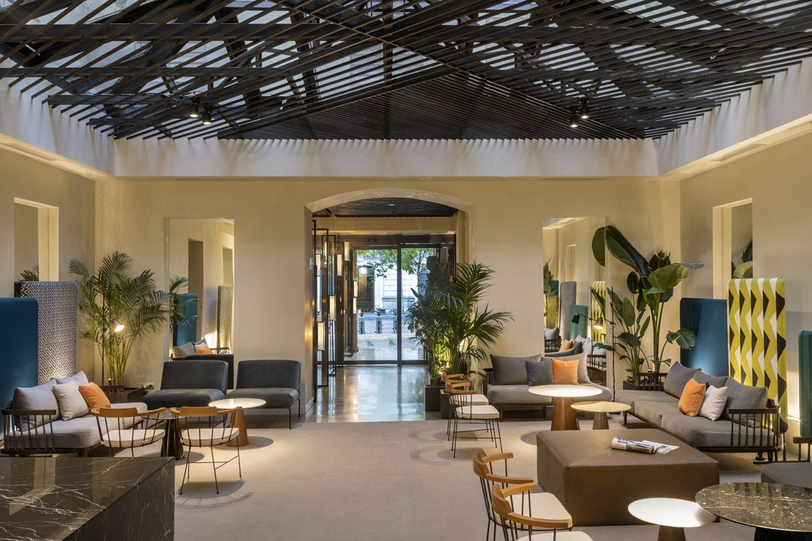 HOTEL ICON EMBASSY BY PETIT PALACE TRENCHS STUDIO 11