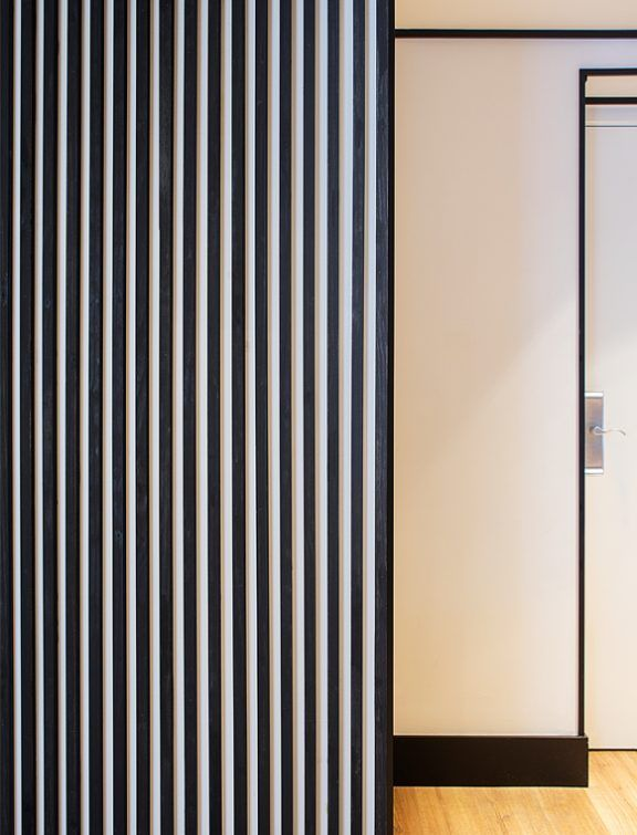 HOTEL ICON EMBASSY BY PETIT PALACE TRENCHS STUDIO 25