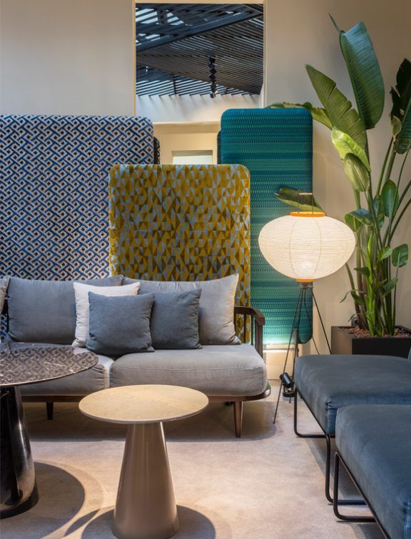 HOTEL ICON EMBASSY BY PETIT PALACE TRENCHS STUDIO 29