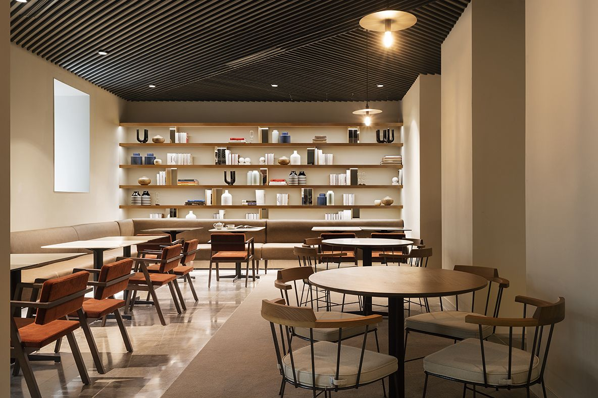 HOTEL ICON EMBASSY BY PETIT PALACE TRENCHS STUDIO 7